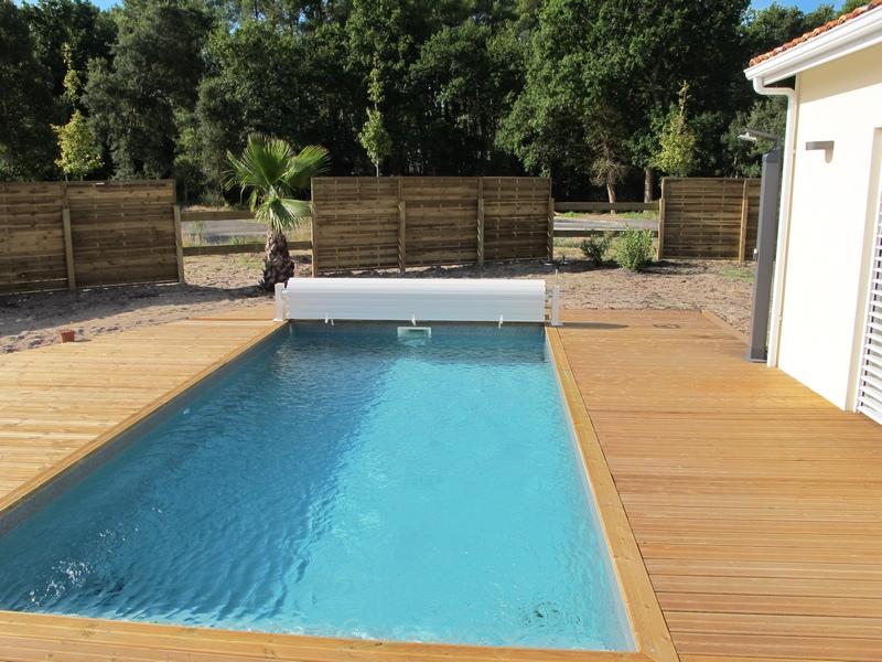 Piscines claverie d veloppement for Prix liner piscine sur mesure